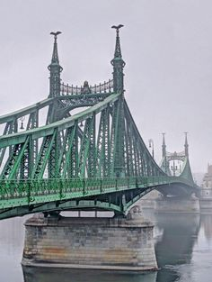 Liberty Bridge, Most Visited, Tower Bridge, Country, City, Travel, Viajes, Rural Area, Cities