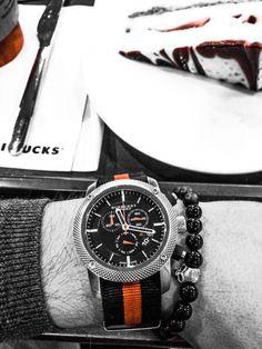 Burberry bu 7707 watch with nato watchband..