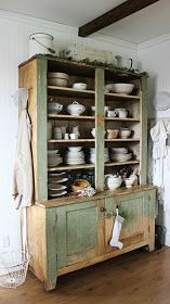 Rustic Farmhouse: This Green Hutch & We're MOVING!