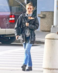 Lily on the pedestrian crossing just out of the JFK airport Lily Rose Depp Style, Street Wear, Bomber Jacket, Winter Jackets, Hipster, Plus Belle, My Style, Celebrities, People