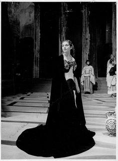 Callas, Maria - Signed Photo in Medea at La Scala 1954