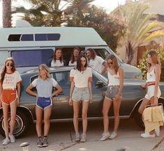1970s Aesthetic, Girl Gang Aesthetic, Summer Aesthetic, Flower Aesthetic, Camping Aesthetic, Beach Aesthetic, Aesthetic Vintage, Blue Aesthetic, Aesthetic Fashion