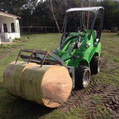 "Why ring up 30"" diameter beech when you have an avant :) #treework #treecare #treesurgeon #treesurgery #arborist #arbtalk #avant #avantloader #loader #greenmachine"