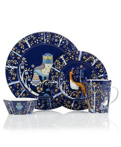 casual dinnerware Iittala works magic on casual tables with the enchanting Taika dinnerware collection. Folksy illustrations by Klaus Haapaniemi tell a unique story on modern blue po Casual Dinnerware Sets, Blue Dinnerware, Dinnerware Ideas, Stoneware Dinnerware, Royal Copenhagen, Royal Doulton, Delft, 222 Fifth Dinnerware, Blue Dinner Plates