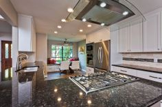 Now This is a Happy Kitchen!