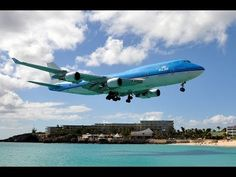 KLM Royal Dutch Airlines - Boeing - PH-BFG (c/n - City of Guayaquil Landing at Princess Juliana International Airport, St. Boeing 747 400, Come Fly With Me, Bfg, International Airport, Sexy Curves, Amazing Cars, Aircraft, Landing, City