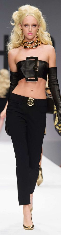 Moschino Collection Spring 2015
