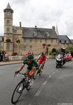Break of the day: Thomas Voeckler (Europcar) and Luis Mate (Cofidis, Credit Solutions), who flatted twice, broke away early in the stage