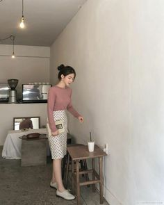 Long Skirt Outfits, Casual Work Outfits, Modest Outfits, Simple Outfits, Modest Fashion, Trendy Fashion, Cute Outfits, Fashion Outfits, Long Skirt Fashion