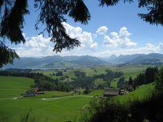 unterhalb vom Etzel mit Blick Richtung Alptal und Sihlsee im Kanton Schwyz