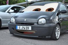 Twingo Car Photos, Amazing Cars, Cars And Motorcycles, Cool Cars, Hermes, Mini, Vehicles, Funny, Cars