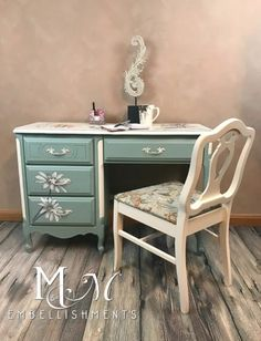 furniture makeover/French Provincial Desk with artwork
