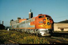 Railroads, Chicago-style Santa Fe passenger train at 21st Street, Chicago, September 1957  Photo by John Dziobko