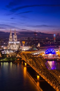 Hohenzollern Bridge - Cologne Cathedral, Germany
