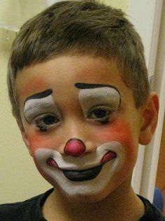 My grandson Cristian Clown Makeup Cristian grandson Crazy Hat Day, Crazy Hair, Creepy Clown Makeup, Halloween Face Makeup, Face Painting Designs, Body Painting, Clown Face Paint, Clown Clothes, Clown Faces