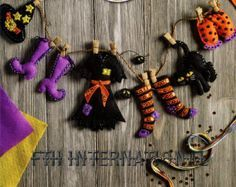 Bucilla Witch's Brew Felt Halloween Wreath por FTHInternational