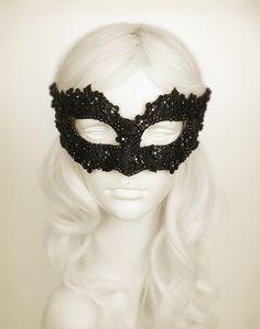 Sequined Black Masqu
