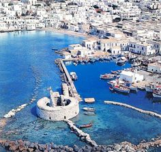 Naoussa Paros - The guide said one of the prettiest ports in the Aegean. She would be right.