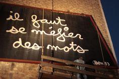 On the way to Belleville Photos prises par Olivier Raynaud Retrouvez moi —> http://show-me-all.tumblr.com/        #streetart     #urbanart     #paris     #belleville     #pigalle     #75010