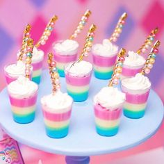 Here's a super cute and easy Easter dessert! No-bake mini cheesecakes in pastel colors, perfect for serving after Easter dinner. Top with an Easter egg candy for the perfect finishing touch! Birthday Party Treats, Unicorn Themed Birthday Party, Unicorn Party, Unicorn Foods, Rainbow Food, Rainbow Jello, Unicorn Baby Shower, Baby Shower Cookies, Party Themes