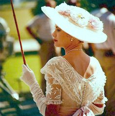 "Gorgeous! {Princess Grace of Monaco} Oh how she was a living ""Barbie""...so pretty, so elegant...sooo Grace..I want this look ,... mimi"