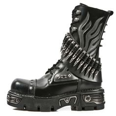Rebelsmarket new rock shoes black leather boots with silver flames and bullets boots 8 New Rock Boots, Goth Boots, Gothic Shoes, Gothic Metal, Gothic Art, Mid Calf Boots, Black Leather Boots, Rock Style, Ideias Fashion