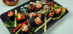 Does the raw vegan diet have you missing sushi? Fear not because these raw carrot rice sushi wraps are going to satisfy your craving.
