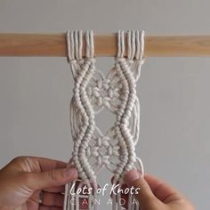 Macrame Plant Hanger Patterns, Macrame Wall Hanging Patterns, Macrame Plant Hangers, Macrame Patterns, Macrame Design, Macrame Art, Macrame Knots, Macrame Jewelry, How To Macrame