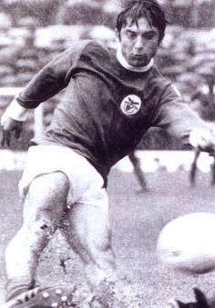 """Vítor Martins, o """"Garoupa"""", antigo, antigo médio ofensivo do Benfica entre 1969 e 1977. Fez 191 jogos, 28 golos, 5 Campeonatos Nacionais e 1 Taça de Portugal."""