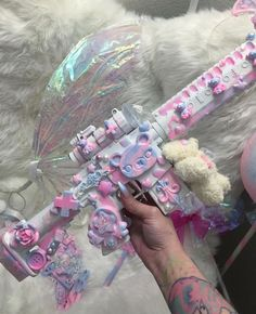 Pastel Punk, Pastel Goth Fashion, Mode Kawaii, Kawaii Goth, Creepy Cute Fashion, Knife Aesthetic, Pretty Knives, Mode Alternative, Armas Ninja