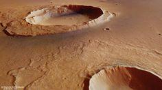 Beelden ESA tonen gevolgen megavloedgolf Mars   NOS