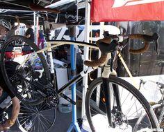 Volagi Viaje: Has nice curves, likes dirty adventures, seeks sugar daddy -  Interbike 2012