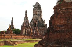 A few hours drive outside Bangkok, the Ayutthaya Ruins Thailand is located. An very beautiful ancient city. History Of Buddhism, Bangkok, Thailand, Bucket, Urban, Dreams, City, Places, Travel