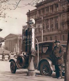 Budapest, Historical Pictures, Antique Cars, Antiques, Vintage Cars, Antiquities, Antique, Old Stuff, Historical Photos