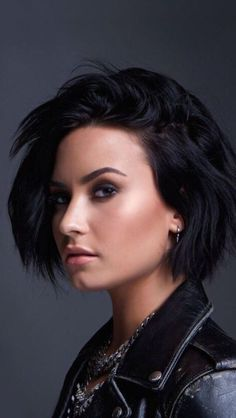 Most recent Short hairstyles for women – My hair and beauty Bob Haircuts For Women, Short Hairstyles For Women, Bob Hairstyles, Straight Hairstyles, Demi Lovato Haircut, Demi Lovato Short Hair, Demi Lovato Hairstyles, Pelo Demi Lovato, Demi Lovato Makeup