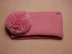Tutorial muy sencillo: Cuatro gorros con el mismo patrón. | El castillo de lana Knitting For Kids, Baby Knitting, Crochet Baby, Knit Crochet, Knitted Booties, Lily, Hats, Alba, Scarfs