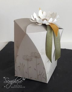 3d Paper, Paper Gifts, Origami, Paper Daisy, Magic Box, Stampin Up Catalog, Stamping Up, Box Packaging, Card Templates