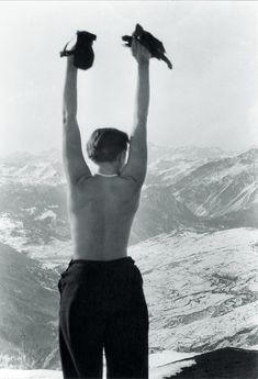 Charlotte Perriand à  Val d'Isère, 1935