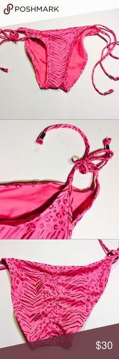 Victoria's Secret bikini bottoms 53- new without tags Victoria's Secret pink bikini bottoms . Cheeky scrunch butt side ties . Size small Victoria's Secret Swim Bikinis