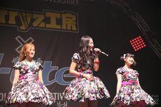 Japan Expo 15th Anniversary:Berryz Kobo x °C-ute in Hello! Project Festival ! / Buono! - 夏焼雅 Miyabi Natsuyaki、鈴木愛理 Airi Suzuki、嗣永桃子 Momoko Tsugunaga
