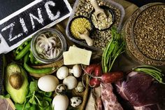 Bad diet may increase the risk of depression. But healthy diet may be very helpful in fighting it. Read more about the best foods that fight depression. Foods High In Zinc, Zinc Foods, Foods High In Magnesium, Dinner Recipes For Kids, Healthy Dinner Recipes, Kids Meals, Zinc Deficiency, Usda Food, Iron Rich Foods