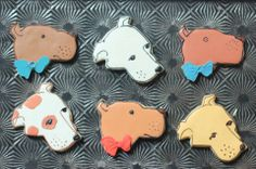 BakedIdeas' cute dog faces from an inverted chick cookie cutter
