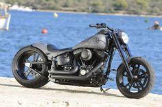 Harley+Cross+Bones+by+Rick%27s+Motorcycles+01.jpg (960×638)