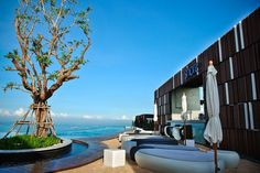 Book your favorite hotels from Pattaya. Keep your staying and accommodation with Happy and Enjoyable.
