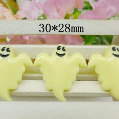 10pcs Ivory Ghost Halloween Party Resin by TheButtonSisters