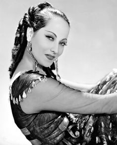 Promotional photo of Merle Oberon for The Private Life of Don Juan (1934)