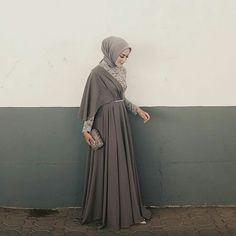 Wedding from Indonesia Kebaya Hijab, Kebaya Brokat, Kebaya Dress, Hijab Prom Dress, Dress Brukat, Bridesmaid Dress, Model Kebaya Muslim, Modern Hijab, Casual Hijab Outfit