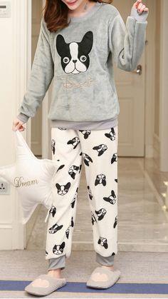 Flannel women pajamas in 2019 Cute Pajamas, Pajamas Women, Flannel Pajamas, Printed Leggings, Women's Leggings, Cheap Leggings, Pyjamas, Cute Sleepwear, Night Suit