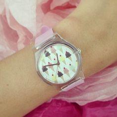 "J'ai reçu ma montre #May28th avec mon motif ""ice-cream"" ♡ via @Victoria A."