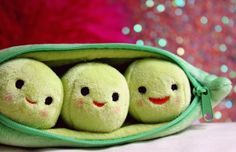 Wonderfully cute peas-in-a-pod plush toy.